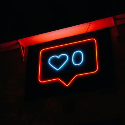 algoritmi e interazioni instagram, immagine in evidenza